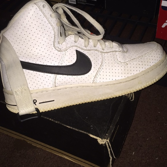 Nike Shoes - Nike Air Force 1 for $100